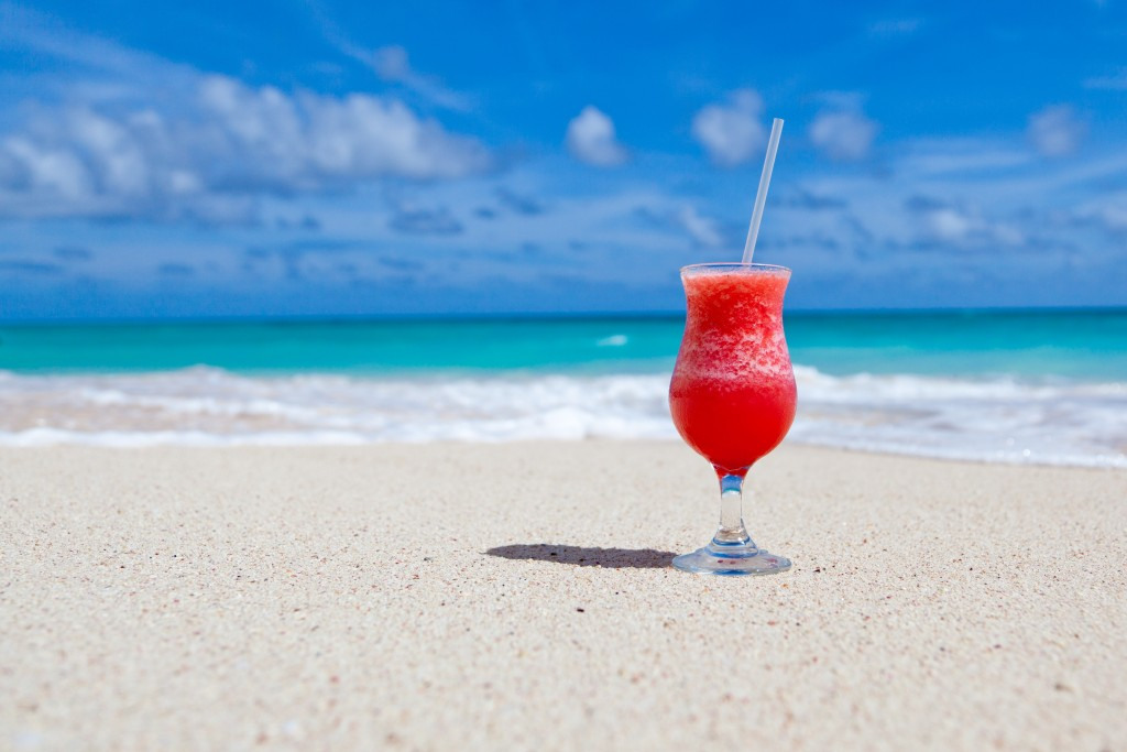 beach-beverage-caribbean-cocktail-686721